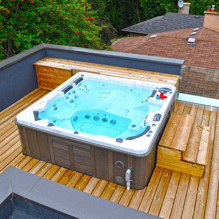 hot-tub-nottingham-rooftop-decking-spa